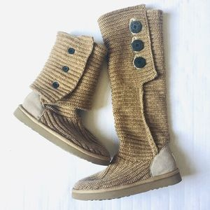 UGG Cardy Cable Knit Boots Tan Side Buttons Sz 8